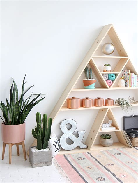 Triangular-Shelf-Diy