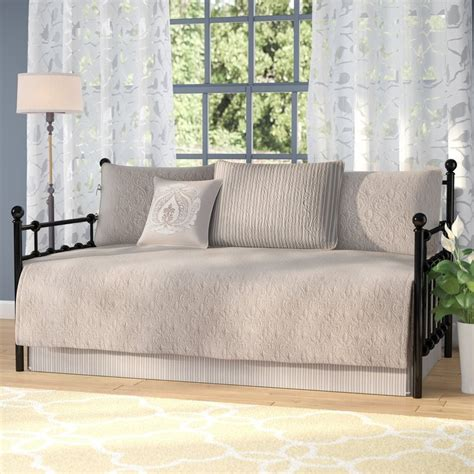 Trundle beds covers Image