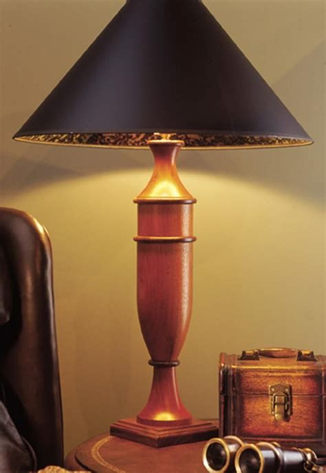 Turned-Wooden-Lamp-Plans