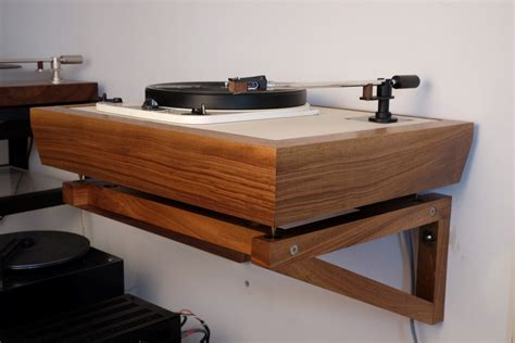 Turntable-Shelf-Plans