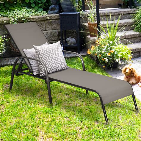 Types Of Reclining Outdoor Chaise Loungers
