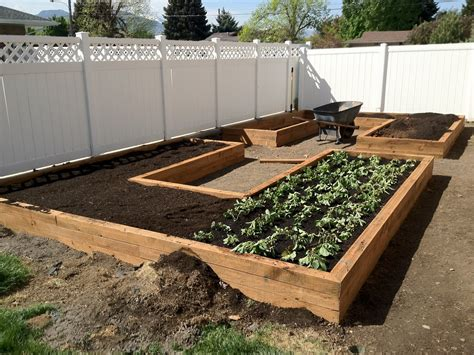 U Shaped Vegetable Planter Box Plans
