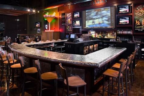 U-Shaped-Commercial-Bar-Plans
