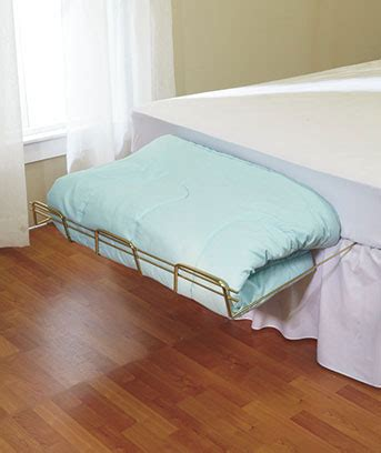 Under Mattress Bedspread Rack Stand