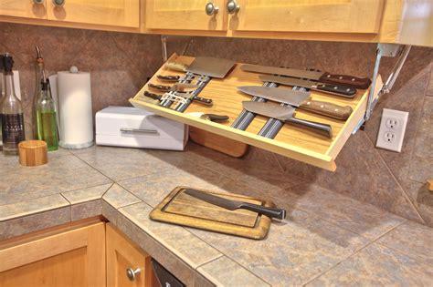 Under-Cabinet-Knife-Storage-Plans