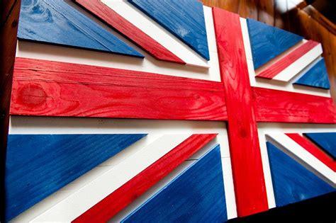 Union-Jack-Wood-Flag-Diy