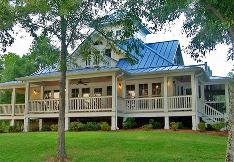 Unique Farmhouse Plans With Wraparound Porches