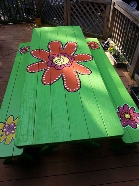 Unique Outdoor Table Diy Paint