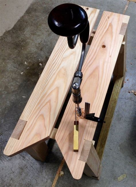Unplugged Woodshop Workbench Plans