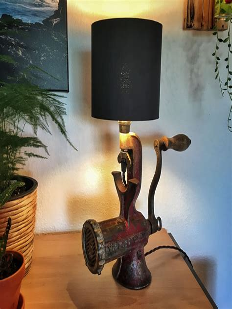 Upcycle-Desk-Lamp-Diy