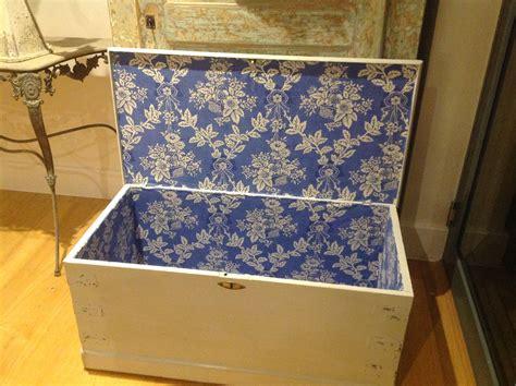 Upholstered-Blanket-Box-Diy