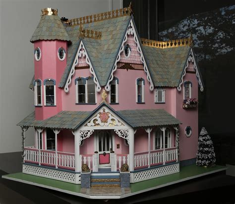 Used Victorian Dollhouses