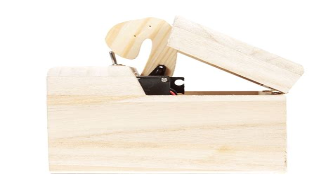 Useless-Box-Diy-Instructions
