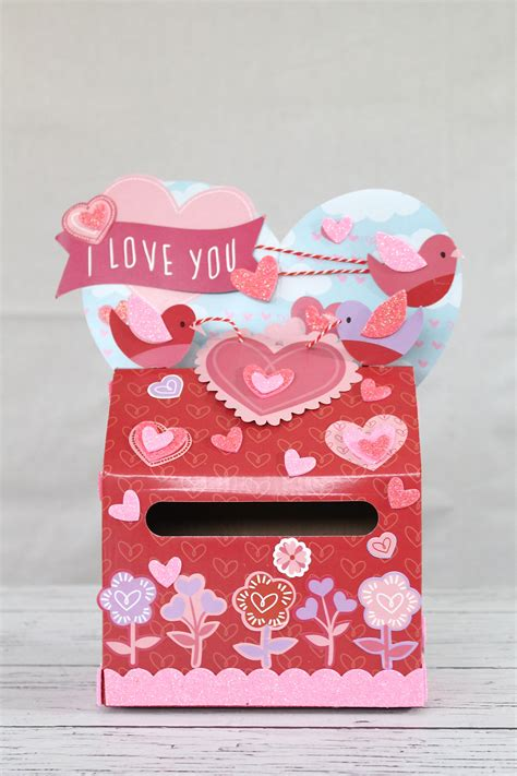 Valentine S Card Box Diy Valentines