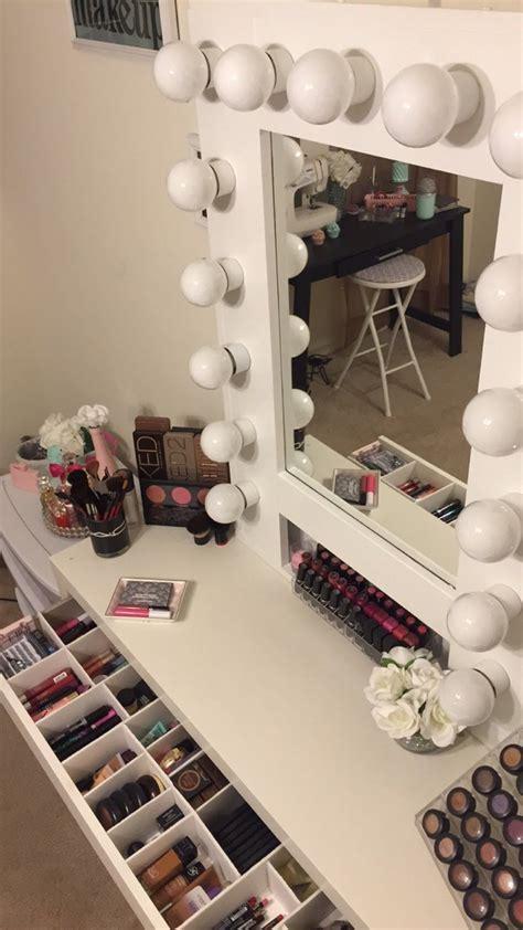 Vanity-Girl-Mirror-Diy