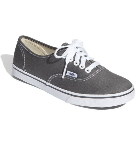 Vans Classic Authentic Lo Pro Sneakers