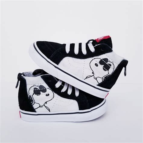 Vans Off The Wall Snoopy Sneakers