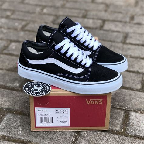 Vans White Sneakers Philippines
