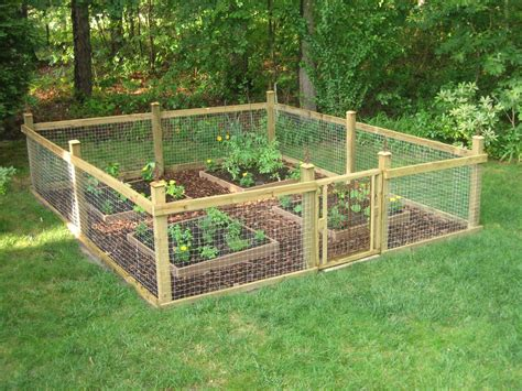 Vegetable-Garden-Fence-Plans