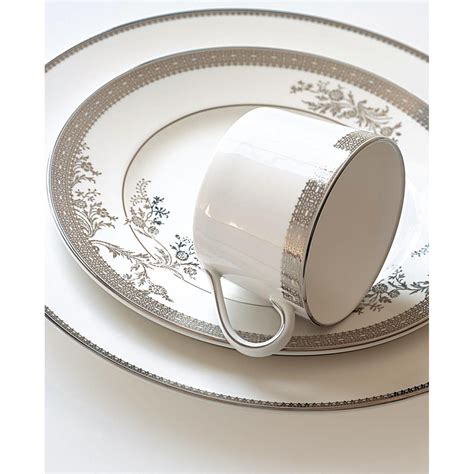 Vera Lace Open Vegetable Bowl