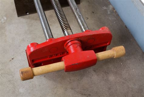 Vintage-Craftsman-Woodworking-Vise