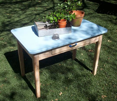 Vintage-Enamel-Top-Farm-Table