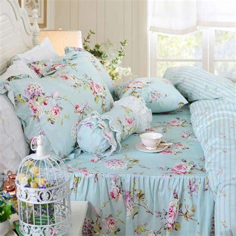 Vintage-Farmhouse-Bed-Bedspreads