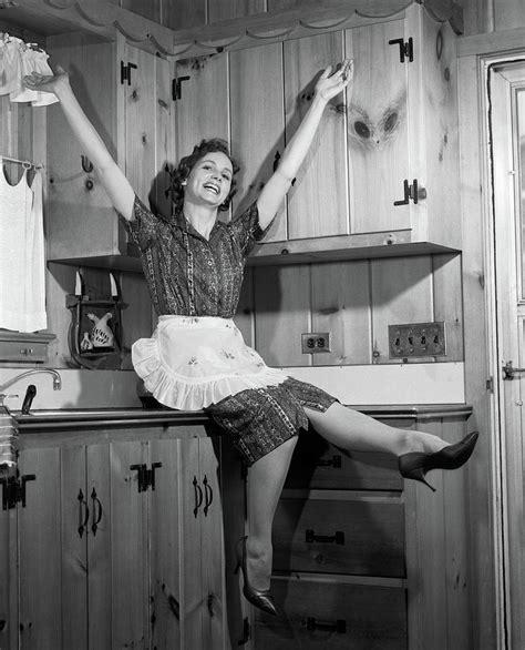 Vintage-Housewife