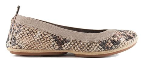 WSA-216-000 Samara Serpent Leather Ballet Flats