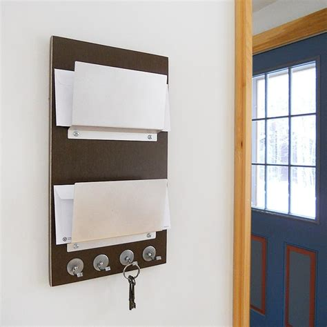 Wall-Mounted-Letter-Rack-Plans