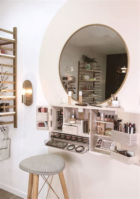 Wall-Mounted-Makeup-Vanity-Plans