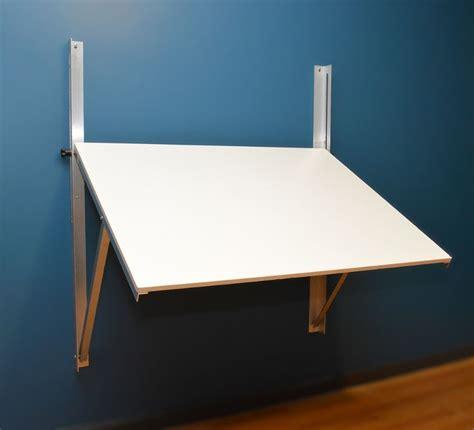 Wall-Mounted-Plan-Table