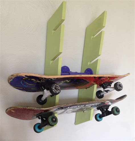 Wall-Mounted-Skateboard-Rack-Plans