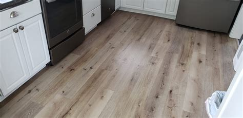 Waterproof Wood Vinyl Floor