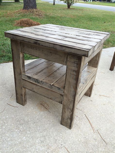 Weathered Look Cedar Table Diy