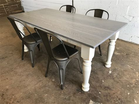 Weathered-Gray-Farm-Table