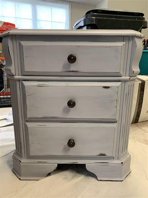 Weathered-Gray-Furniture-Diy
