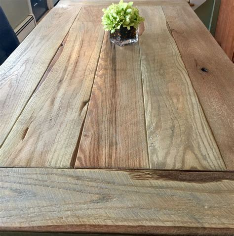 Weathered-Oak-Farm-Table