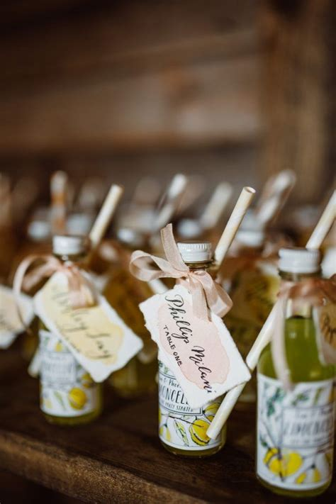 Wedding-Favors-For-Guests-Diy