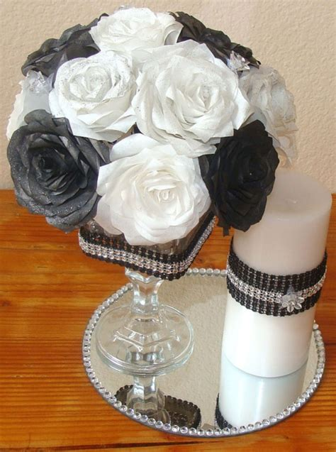 Wedding-Flowers-Diy-Table-Black-And-White