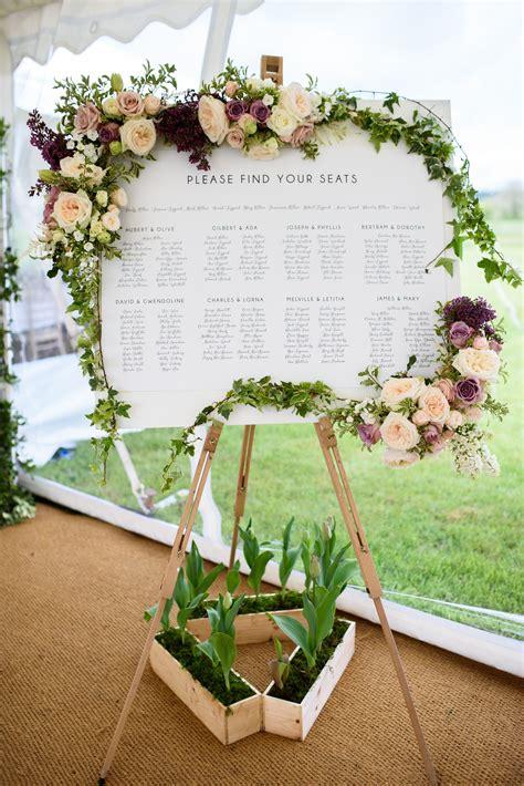 Wedding-Table-Plan-Flower-Frame
