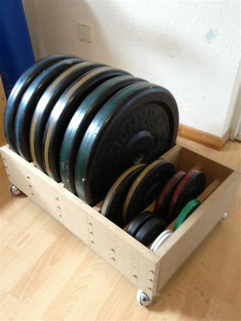 Weight-Plate-Storage-Rack-Diy