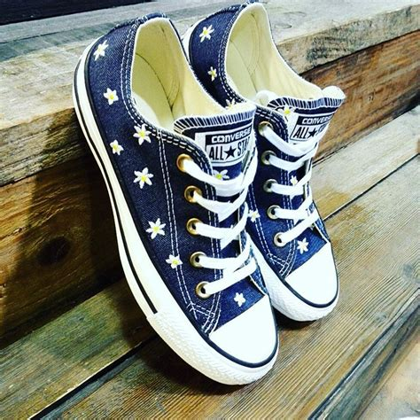 What Is The Style Of Converse Sneakers