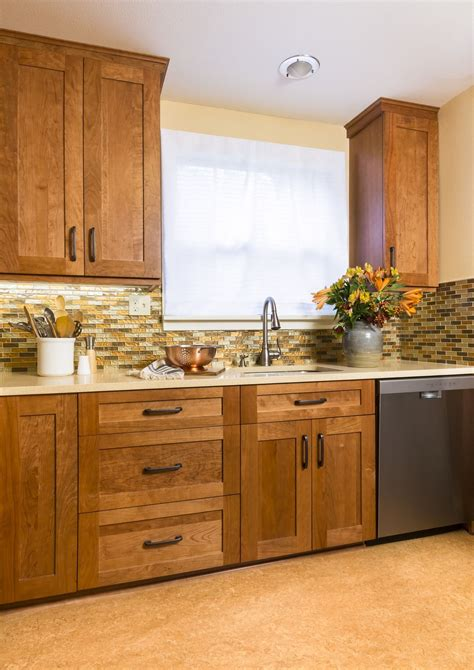 What Type Of Wood For Cabinets