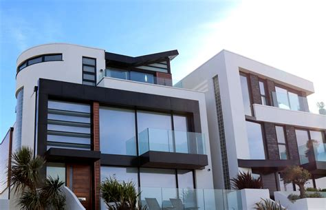 What Can Rendering on the Gold Coast Add to Your Property?