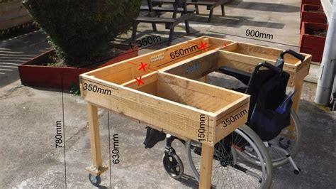 Wheelchair-Accessible-Planter-Box-Plans