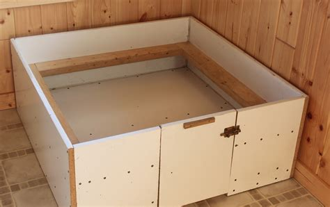 Whelping-Box-Plans-Small-Dogs