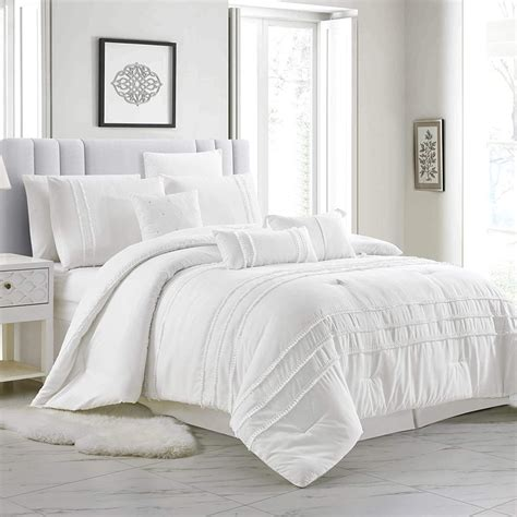 White Bedding With Tassels
