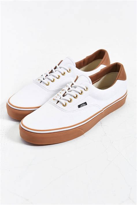 White Sneakers Gum Sole Vans