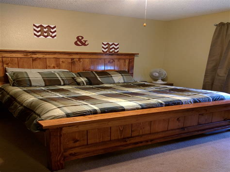 White-Farmhouse-Bed-Diy